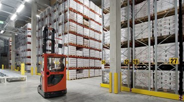 Thinking of buying pallet racking? 10 things to consider before investing